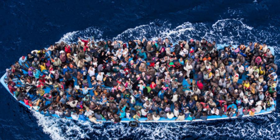 migranti barconi
