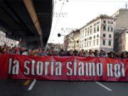GENOVA 17 NOVEMBRE 2007 MANIFESTAZIONE NAZIONALE DI SOLIDARIETA' CON I 25 MANIFESTANTI  SOTTO PROCESSO  PER IL G8 DI GENOVA  DEL 2001