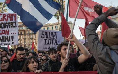 11/03/2017 Napoli, manifestazione dei centri sociali e dei sindacati di base, contro il comizio del leader della Lega Salvini