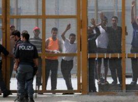 migranti cpr palazzo san gervasio
