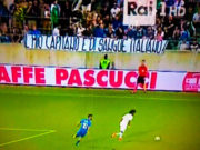 tifosi-italia-striscione-balotelli-maggio-2018