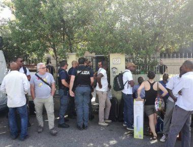 Roma-sgombero-rifugiati