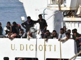 migranti-sulla-nave-diciotti