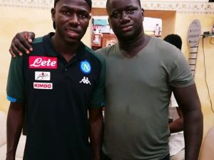 Cisse, il giovane ferito, col calciatore del Napoli Koulibaly