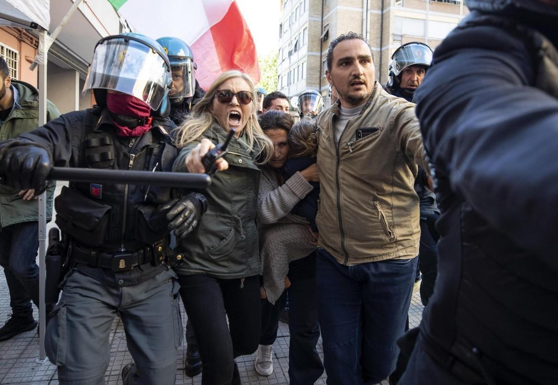 Roma - casal-bruciato-ansa