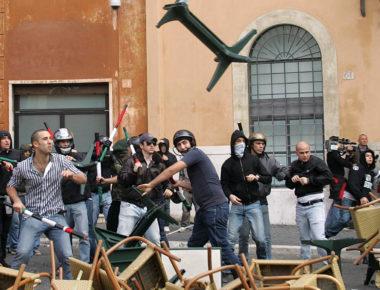 scontri tra studenti di destra e di sinistra a piazza navona  PHOTO SAMANTHA ZUCCHI INSIDEFOTO - Fotografo: ZUCCHI INSIDEFOTO