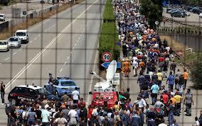 blocco stradale operai