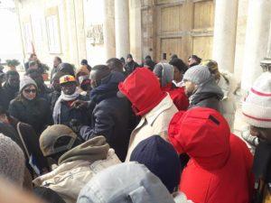 taranto espulsione migranti
