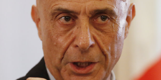Italian Interior Minister Marco Minniti attends a news conference in Rome, Italy, to announce that the suspect in the Berlin truck attack was killed in a shoot-out in a suburb of the norhtern Italian city of Milan, December 23, 2016.    REUTERS/Alessandro Bianchi