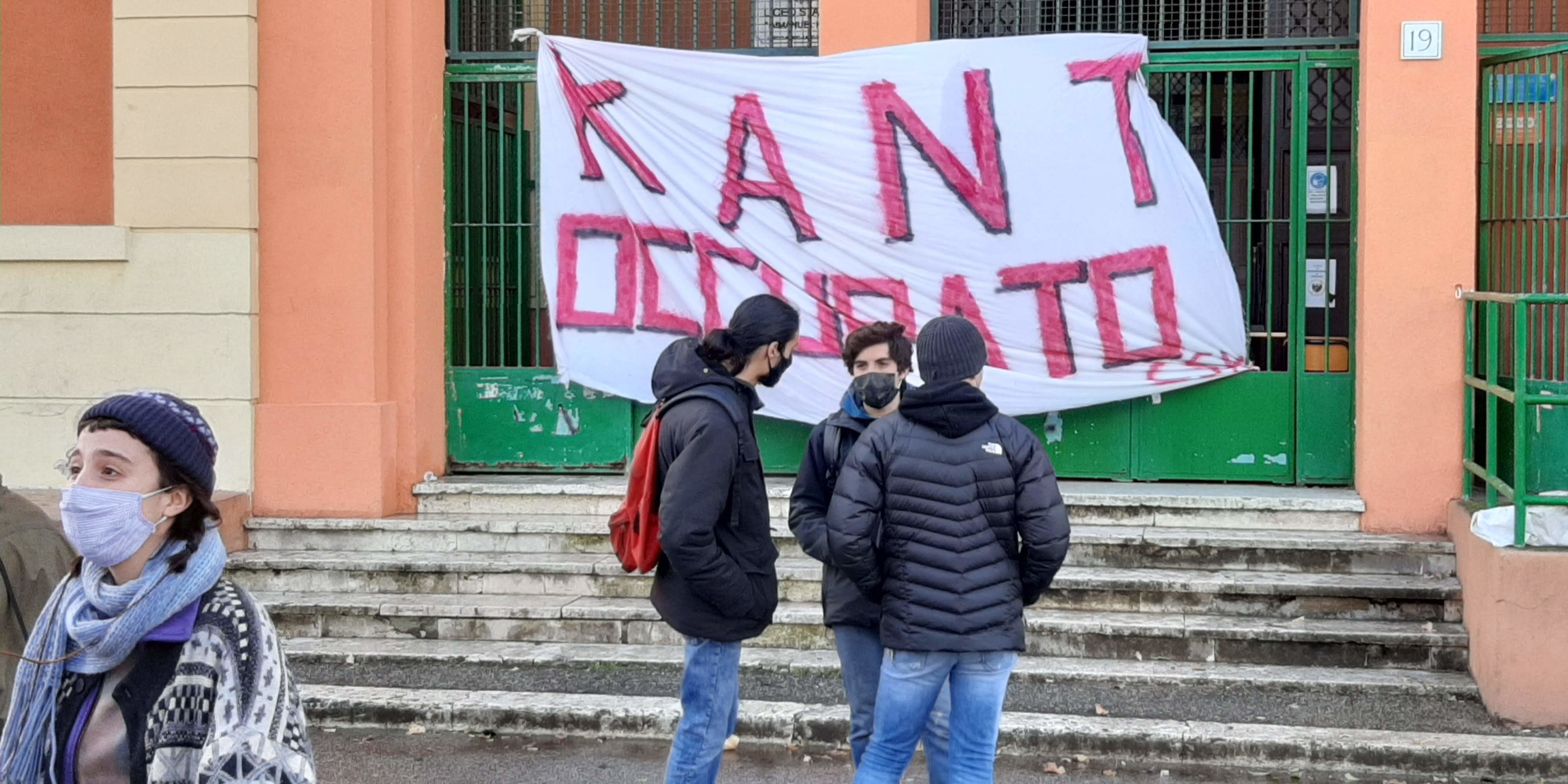 roma kant occupato